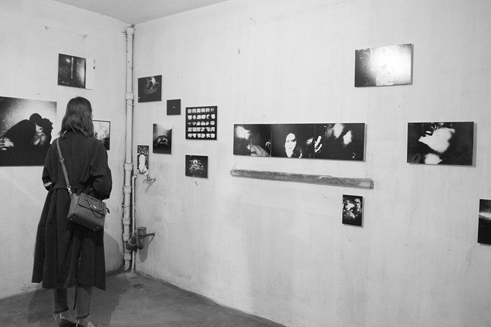 Installation view - Miesiąc Fotografii w Krakowie - Photomonth in Krakow Show-OFF